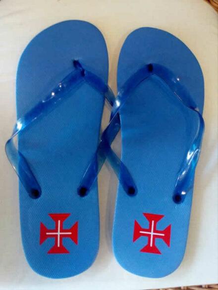 chinelos-azuis